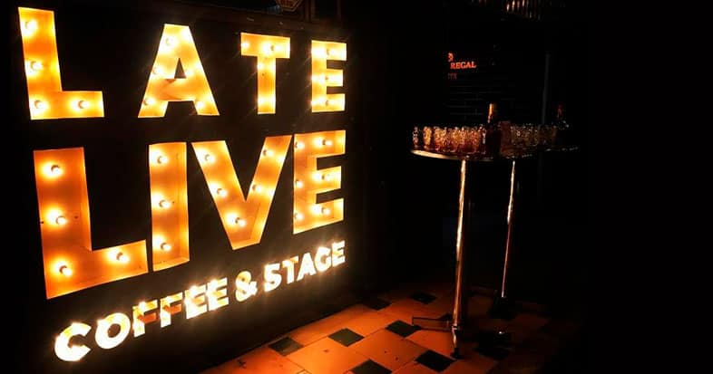 Late live Coffee & Stage